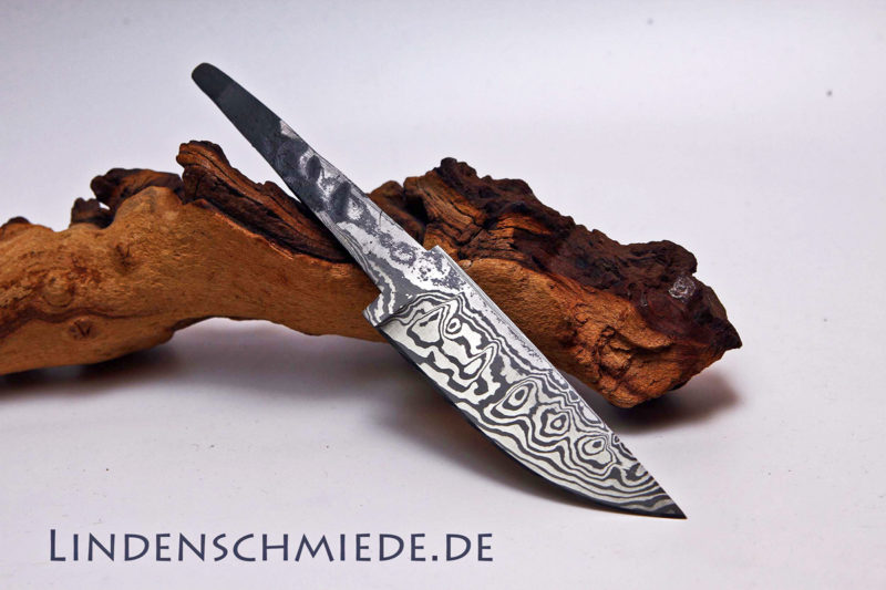 Damasteel Spitzerlklinge 102mm