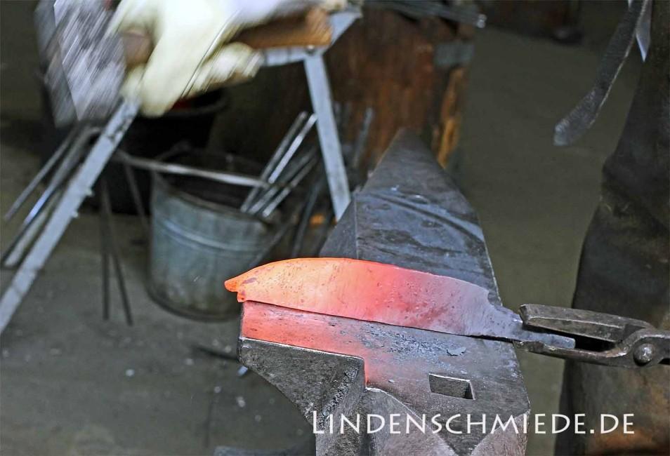 Messerschmiedekurs in der Lindenschmiede