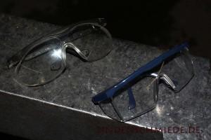 Schutzbrille in der Werkstatt